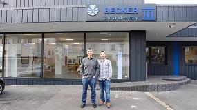 Foto de Israel del Olmo, gerente de Grupo Toldero Sol España, asiste a un curso de formación de Becker en Alemania