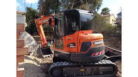 Foto de Midi excavadora Doosan DX62R-3: comodidades y prestaciones de una máquina grande en una pequeña