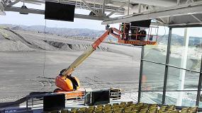 Foto de La plataforma JLG 660 SJ demuestra todo su potencial en el centro de Caterpillar en Málaga