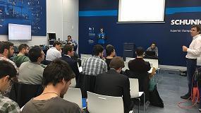 Foto de Intra Automation muestra las ventajas de la plataforma Codesys