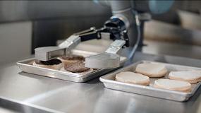 Fotografia de Flippy, el robot que prepara hamburguesas