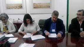 Foto de Extremadura firma un convenio con Aeceriber para el desarrollo de actuaciones de mejora en la raza porcina