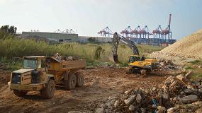 Foto de Las máquinas Volvo trabajan en la construcción de un nuevo vertedero sanitario en El Líbano