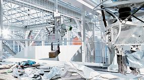 Foto de Robot con capacidad de autoaprendizaje en una instalación de clasificación de residuos automatizada