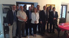 Foto de El alcalde de Málaga recibe a una delegación de KNX
