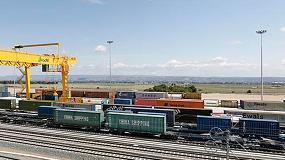 Foto de De la Serna preside la firma del convenio entre Puertos del Estado, el Puerto de Santander y Adif para la mejora de la terminal ferroviaria de Muriedas
