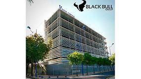 Fotografia de Apiburgos asesora a Black Bull Group en la implantación sus nuevas oficinas en Sevilla.
