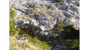 Foto de Análisis del comportamiento de una barrera flexible de protección contra deslizamientos superficiales, bajo combinación de cargas: deslizamientos de tierra y caída de rocas