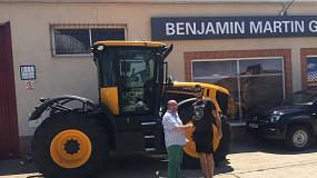 Foto de JCB entrega tractores Fastrac en varios puntos de la geografía española