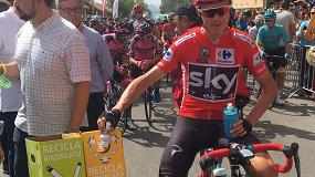 Foto de El ganador de la Vuelta Ciclista, Chris Froome, también recicla con Ambilamp