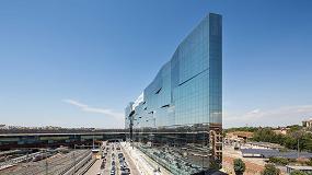 Foto de Guardian y su vidrio de control solar en la sede de BNL-BNP Paribas de Roma