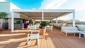 Foto de KE cubre la terraza del bar del Hotel Mercure Roma Centro Colosseo