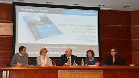 Foto de 200 profesionales asisten a la presentación de la publicación sobre la Xylella editada por Cajamar
