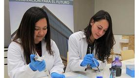 Foto de El CTCR extrae el quitosano de los hongos para su aplicación antimicrobiana en calzado