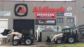 Foto de Aldimak entrega dos nuevas retrocargadoras mixtas Terex TLB 890