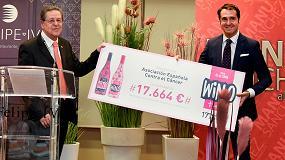 Fotografia de WIN entrega a la AECC 17.664 € de la campaña 'WIN Contra el Cáncer'