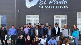 Foto de Bayer muestra las últimas técnicas de injerto en sandía a semilleros de Australia, India, Méjico y Brasil