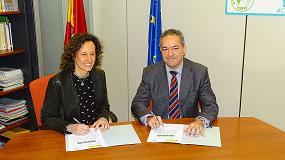 Foto de ANESE y la Oficina Española de Cambio Climático firman un compromiso de reducción de más de 100.000 toneladas de CO2 en la Convocatoria de 2017