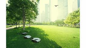 Fotografia de Corte de césped con robots para parques urbanos en 2030