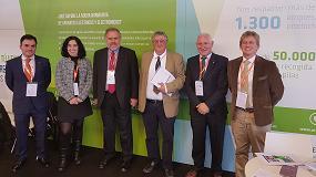 Foto de La Fundación Ecolum firma un convenio con los instaladores de Madrid para la mejora de la recogida de residuo eléctrico