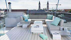 Foto de El lujo en los tejados de Munich: un espacio de relajación realizado en Hi-Macs con vistas panorámicas