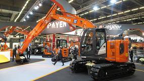 Foto de Hitachi presenta en Intermat su nueva excavadora con brazo deslizante ZX135US-6