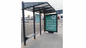 Foto de El Parque Comercial Abadía instala una marquesina de bus de Martín Mena