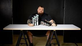 Foto de Control Techniques ficha al hombre más fuerte del mundo