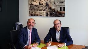 Fotografia de CEEES y Enagás firman un acuerdo para impulsar la implantación del GNV y el hidrógeno en las estaciones de servicio