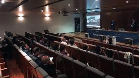 Foto de Walter comparte sus soluciones sobre mecanizado 4.0 en una jornada técnica en Sevilla
