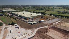 Foto de JCB duplicará la producción de cabinas con una nueva fábrica en Reino Unido