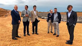 Foto de Suárez-Quiñones visita el CTR de San Román de la Vega tras la entrada en funcionamiento del nuevo vaso