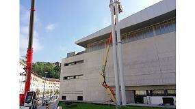 Foto de Sustitución de dos chimeneas autoportantes en el polideportivo Bentaberri de San Sebastian