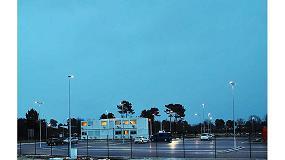 Foto de INDU BAY GEN 2 y OMNIflood de Schréder, elegidas para el centro de distribución de Carrefour en Cestas, Francia
