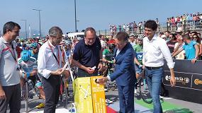 Foto de La Vuelta Ciclista a España 2018 se compromete con el reciclaje de lámparas de la mano de Ambilamp