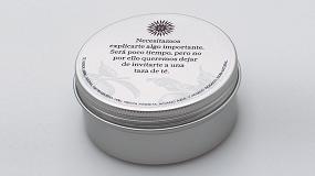 Foto de La diseñadora Mayra Pahisa imprime packaging exclusivo con Roland DG
