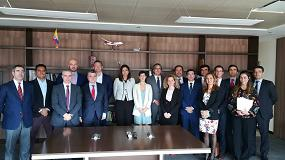 Foto de Una delegación de empresas ferroviarias españolas, encabezadas por Mafex, se reúnen con la Ministra de Transporte de Colombia