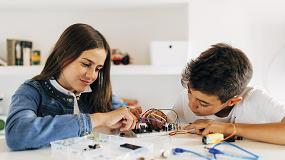 Foto de 'Tech4Change School', un proyecto para reducir el abandono escolar a través de la formación en tecnología