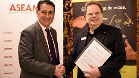 Foto de Aseamac e Ipaf firman un acuerdo de colaboración