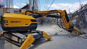 Foto de Anzeve integra toda la maquinaria necesaria para realizar trabajos de demolición