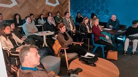Foto de 30 arquitectos, interioristas y hoteleros asisten a la sesión WEcontract sobre diseño en proyectos contract