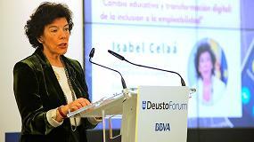 Foto de Isabel Celaá imparte una conferencia en el ciclo 'Asomándonos a un mundo digital', organizado por la Universidad de Deusto