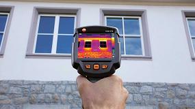 Foto de Cámara termográfica Testo para medición de puentes térmicos y detección de anomalías en aislamiento