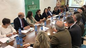 Foto de Sector olivarero y Junta de Andalucía trabajarán conjuntamente ante la crisis de precios