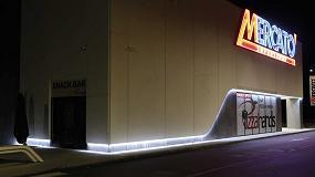 Foto de Isopan presenta Isoled, paneles sándwich con sistema de iluminación integrado