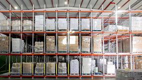 Foto de AR Racking equipa el almacén de Mueloliva combinando estanterías dinámicas con estanterías convencionales