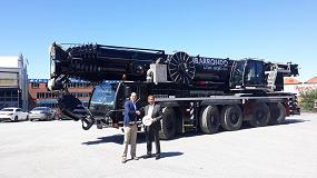 Foto de Grúas Ibarrondo recibe la primera LTM 1230-5.1 de Liebherr en España