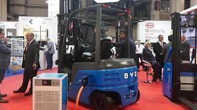 Foto de BYD presentó en el SIL sus carretillas y vehículos comerciales eléctricos