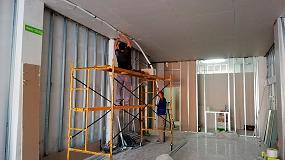 Foto de Pladur dona a Cáritas material para la construcción de un centro para albergar a personas en riesgo de exclusión social