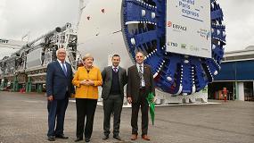 Foto de La canciller alemana Angela Merkel visita las instalaciones de Herrenknecht